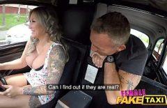 Müşteri Ile Seks Yapan Süper Sevimli Taksi şoförü