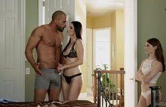 Filmler Online 2018 Porno Annesini Sikmeyi Tercih Ediyor
