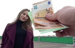 En Iyi Bildiği Gibi Onunla Seks Yapmak Için 300 Euro Alıyor