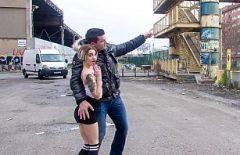 In Pussy Sloboz Bükreş'ten Tren İstemiyor