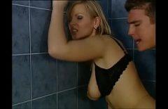 Filme Içinde Bu Banyo Bir Olgun Sarışın Fucked üzerinde Bu Duvarlar Içinde Bu Banyo