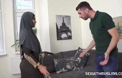 Tam Seks Yapan Bir Arapla Seks